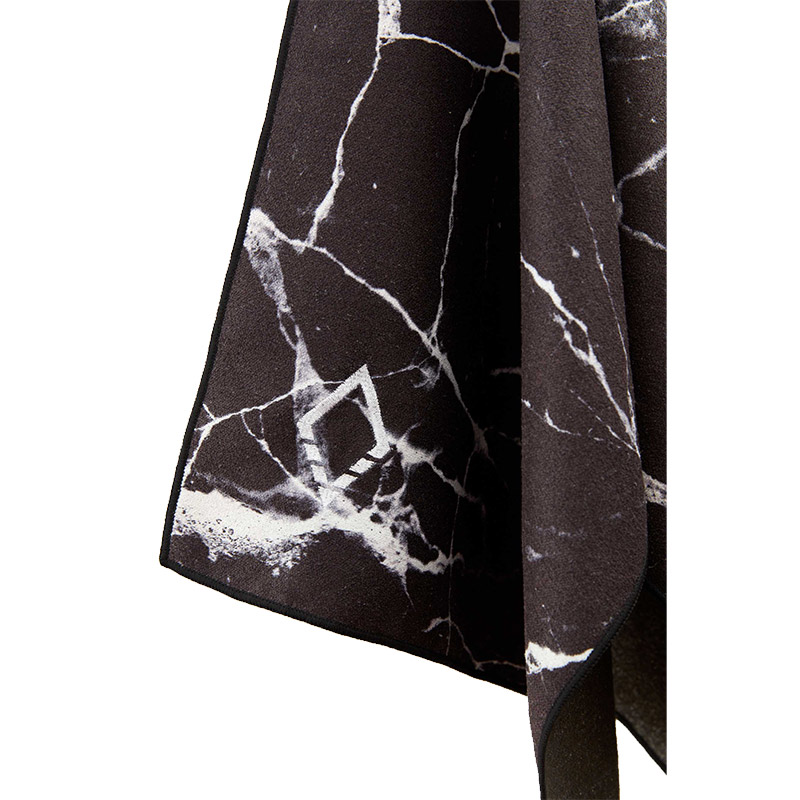 86 BLACK MARBLE DO ANYTHING TOWEL