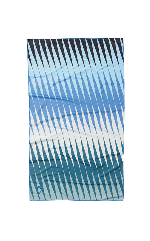 HEAT WAVE 61 BLUE GREEN ULTRALIGHT TOWEL