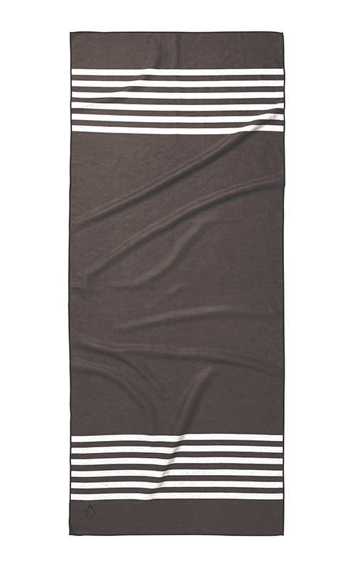 POOL SIDE 77 BLACK TOWEL