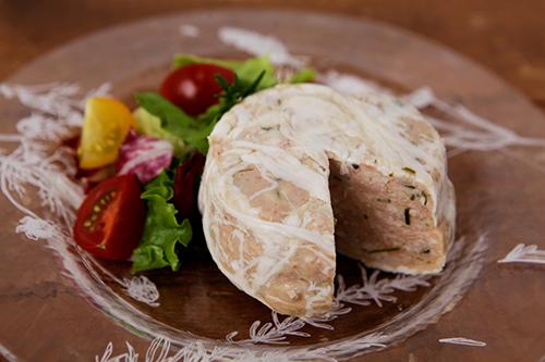 ルセット 比内地鶏とシュリンプのエスニックパテ