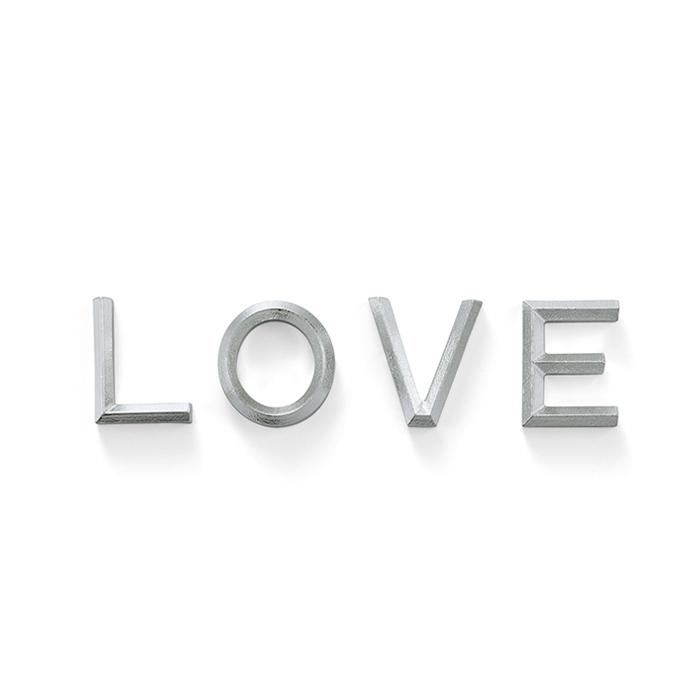 箸置 - LOVE