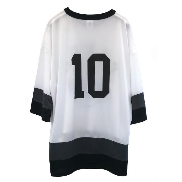 C&K:【SALE/XLサイズのみ】ホッケーやってる人が着てそうなTシャツ