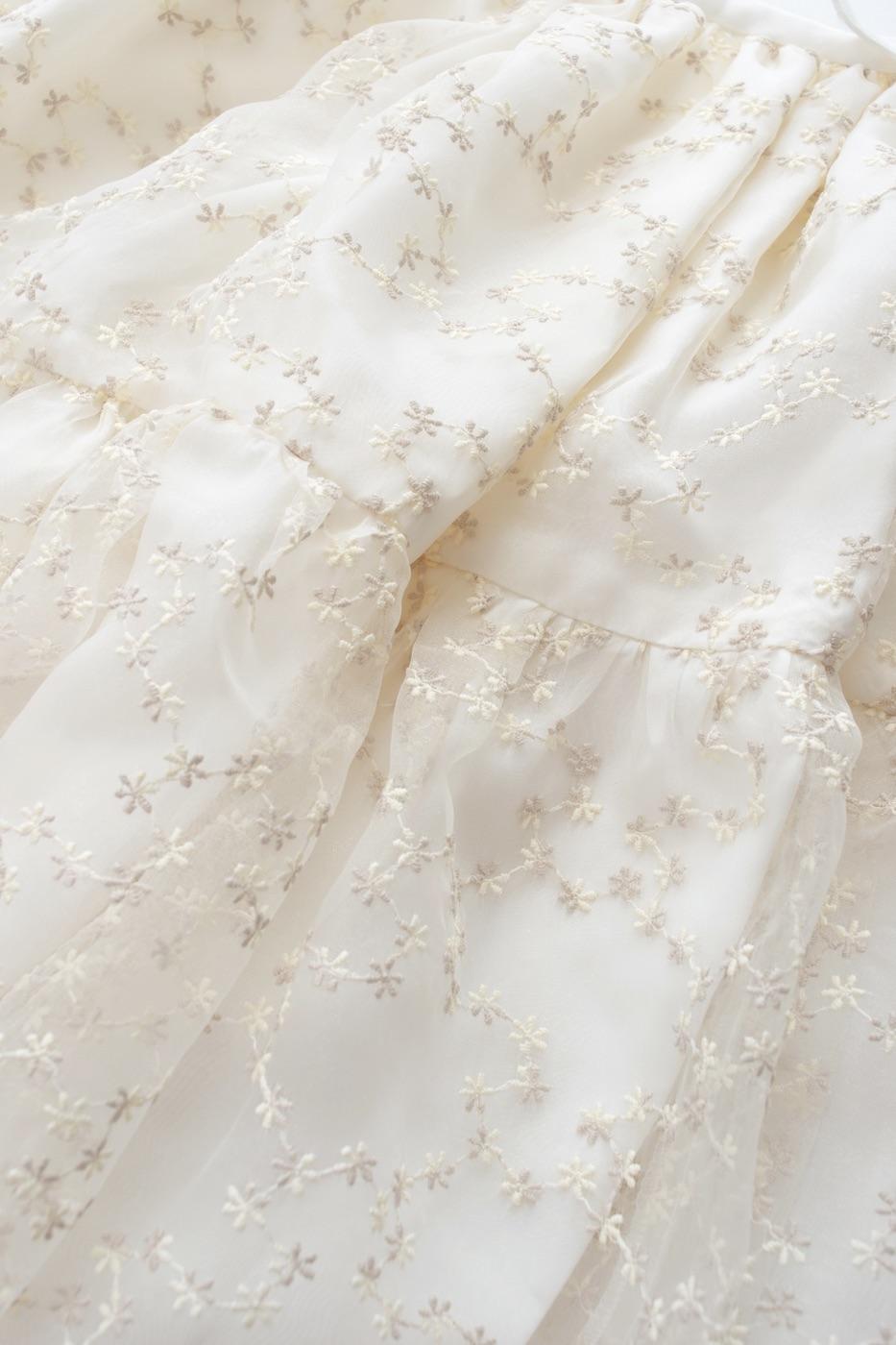 チュールミディスカート/ホワイト
