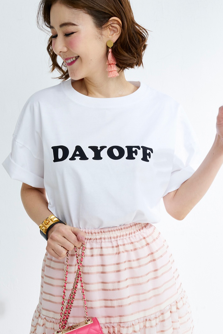 Dayoff Tシャツ