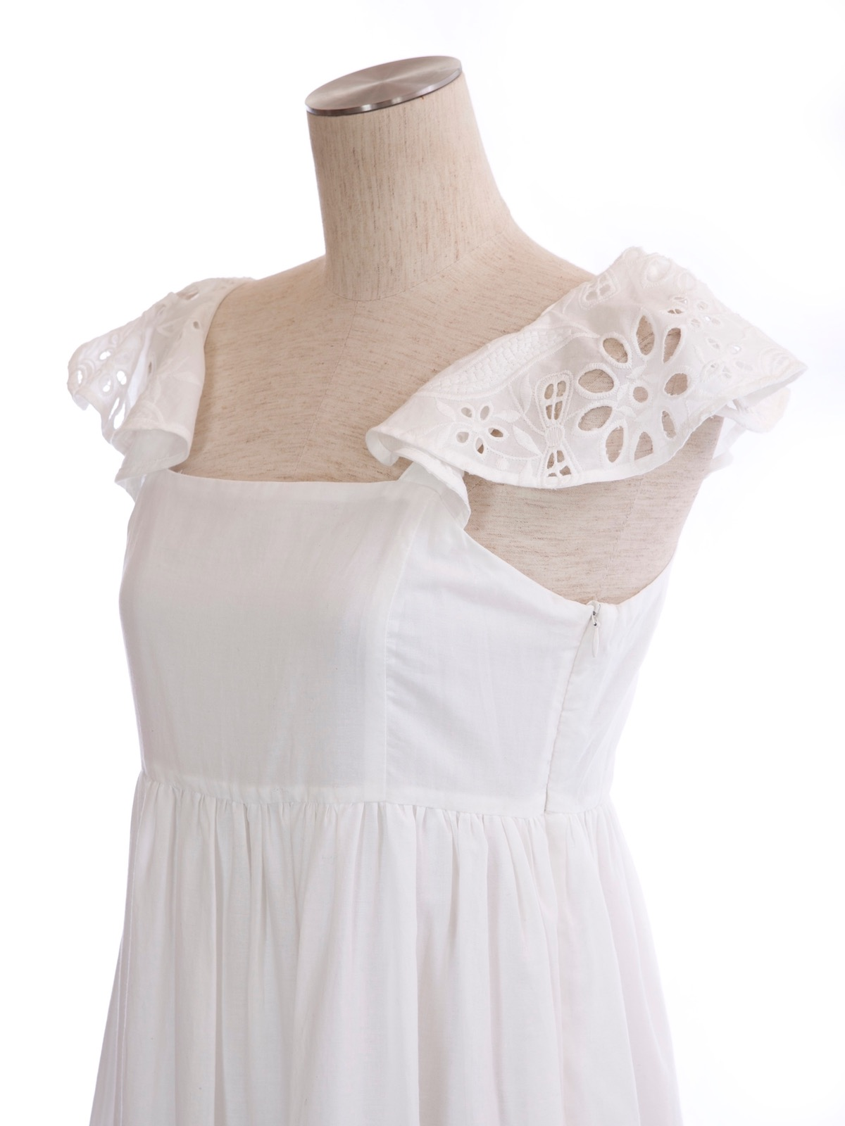 コットンレースドレス