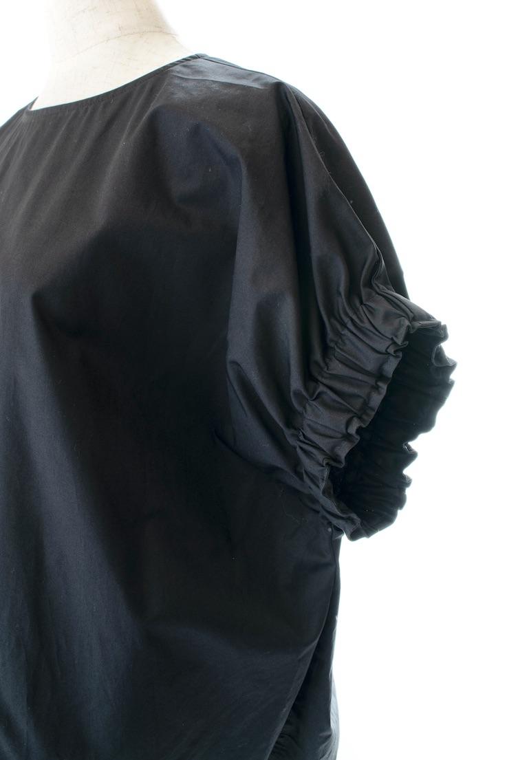 スリーブギャザーブラウス/ブラック
