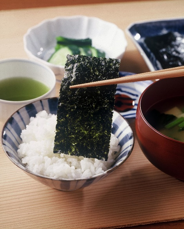 【茶・海苔ギフト】 C-260 深蒸し煎茶1缶・有明海産 海苔(小)1缶セット