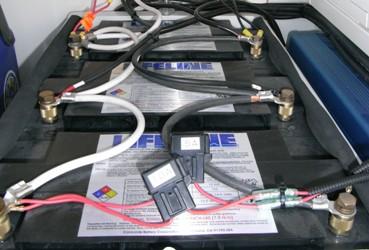 ディープサイクルバッテリー(105Ah/20h) LIFELINE GPL-31T