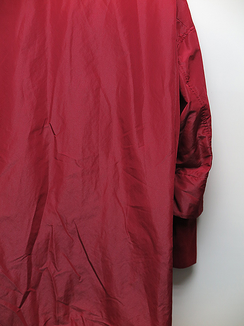 SALE50%OFF/NIL/S・ニルズ/BRIGHT POLYESTER TAFFETA OVERTICK HIGH NECK COAT/RED.