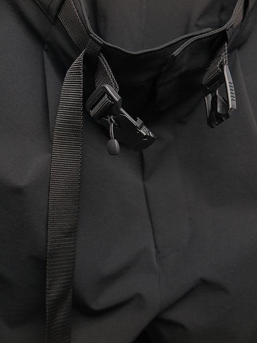 SALE40%OFF/The Viridi-anne・ザ ヴィリディアン/撥水ストレッチ ワイドクロップドパンツ BLACK.