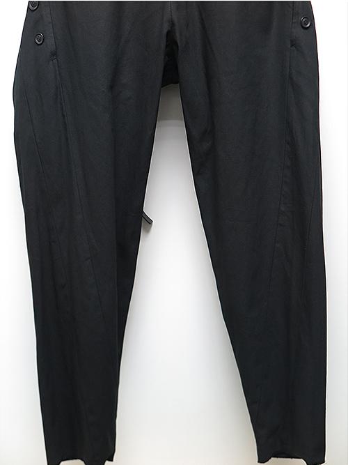 SALE30%OFF/nude:masahiko maruyama・ヌード:マサヒコマルヤマ/コットンラチネ製品染MULTI BUTTONS TUCK PANTS W/BELT/BLACK