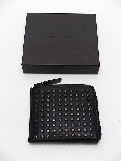 SALE30%OFF/PATRICK STEPHAN(パトリックステファン)/COW HIDE Leather L-zip wallet 'all-studs'・DAL.