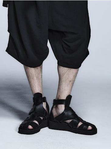 (予約品)3月入荷予定/kiryuyrik・キリュウキリュウ/Cow Gladiator Sandals/Black