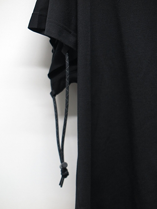 NIL/S・ニルズ/PLOLYESTER JERSEY CUT & SEWN/BLK