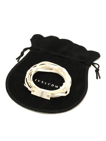 SALE60%OFF/IVXLCDM(アイブイエックス)RIBBON PLATE CORD BRACELET・white.
