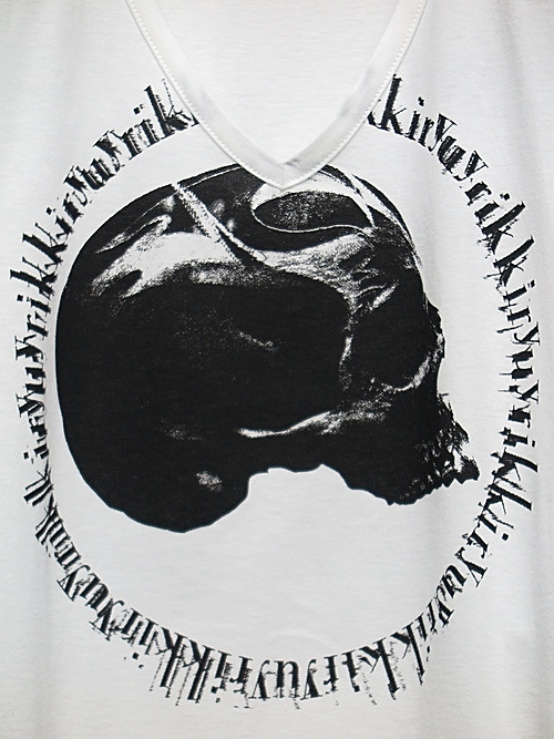 kiryuyrik・キリュウキリュウ/TENJIKU Skull PRINT V-Neck T-Shirts/White
