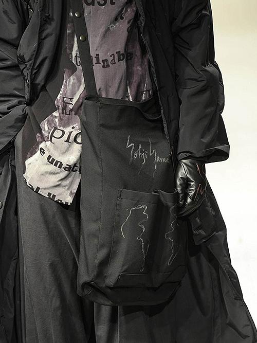 SALE30%OFF/Yohji Yamamoto・ヨウジヤマモト/シワギャバ重ねマチウエストバックB・ブラック.