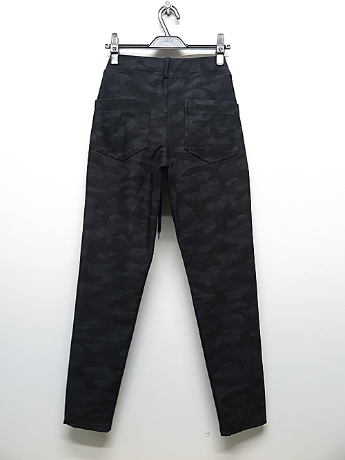 20TH RESOUND CLOTHING・リサウンドクロージング/TIGHT TAPERD CHRIS EASY PANTS/BKCAMO