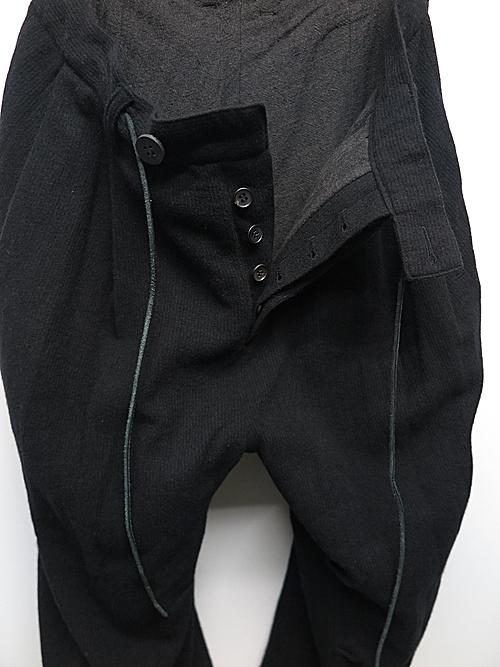 D.HYGEN・ディーハイゲン/ミニマルドビーストライプライドクロップドパンツ/BLACK