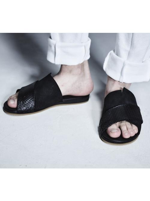 SALE40%OFF/kiryuyrik・キリュウキリュウ/Python&Sued Sandals