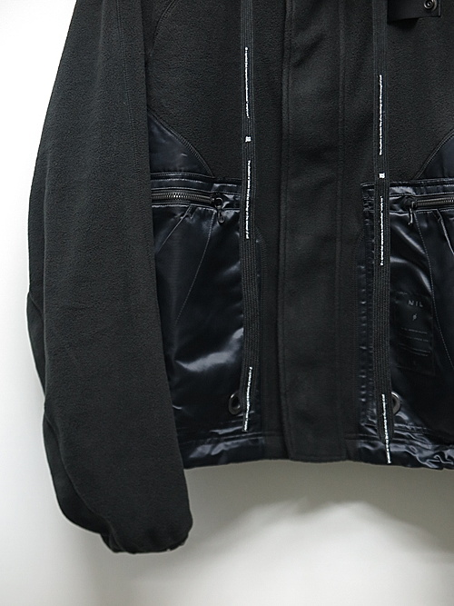 NIL/S・ニルズ/BRUSHED MICRO FLEECE BLOUSON FOR MALE/BLACK