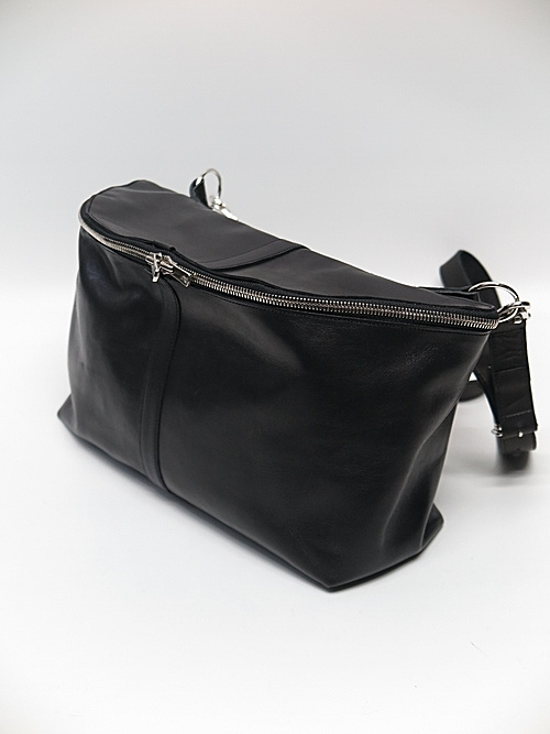 Portaille・ポルタユ/west bag Soft tanned horse(馬革): Black