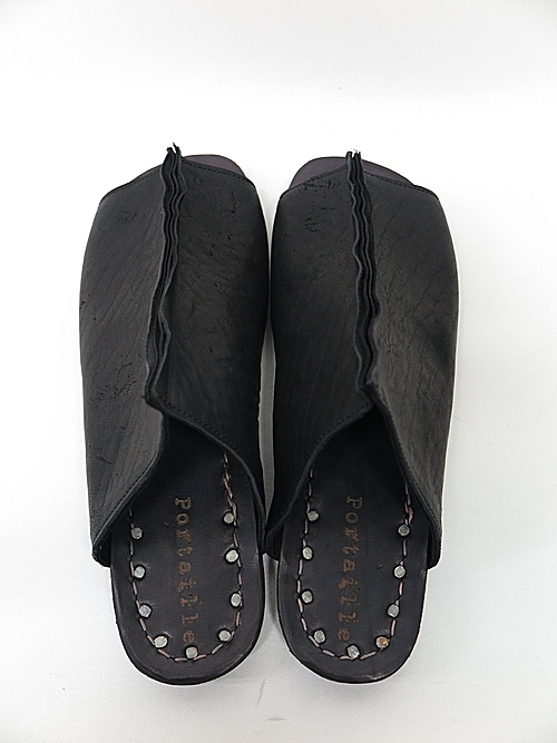 Portaille・ポルタユ/Heated shrink horse sandals/BLK