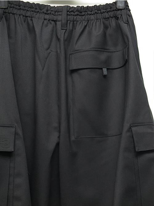 Y-3・ワイスリー・M CLASSIC REFINED WOOL STRETCH CARGO SHORTS・ブラック