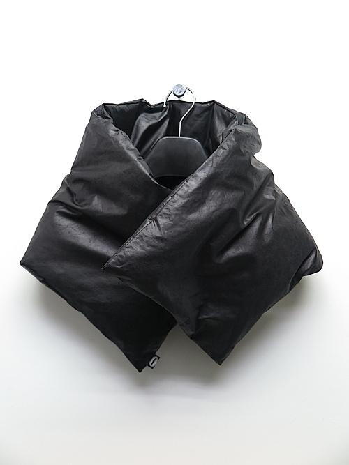 RIPVANWINKLE・リップヴァンウィンクル/ヴィンテージタンブラー表シレー DOWN MUFFLER/ブラック