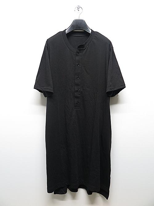 Ground Y・グラウンドワイ・Henley Neck Short Sleeves Long Cut/BLACK