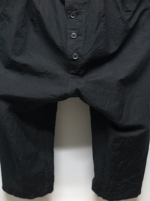 (予約品)1〜2月入荷予定/nude:masahiko maruyama ・ヌード:マサヒコマルヤマ/Supima Cotton / Linen Cloth 2 Tucks Cropped Sarouel Pants/BLK