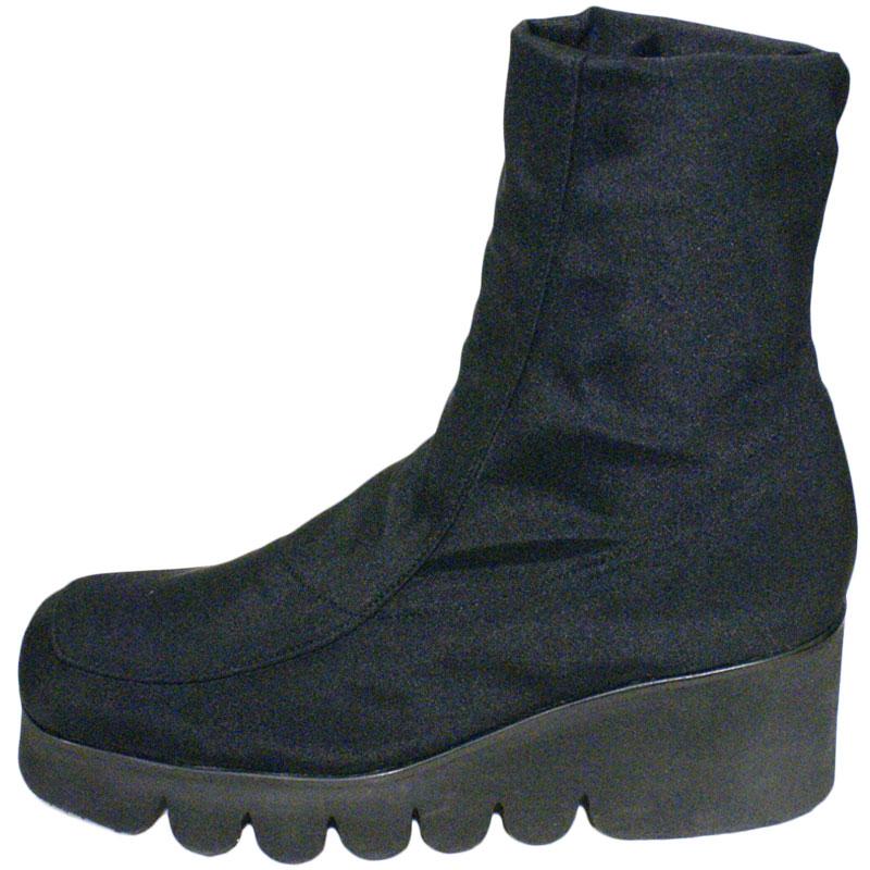 <厚底 ストレッチブーツ>Put's プッツ 1022 ブラック【会員登録で送料無料&ポイント10%!】 Put'sは足もとと人を美しくするレディースシューズ・ブランド ゆったり幅のEEE