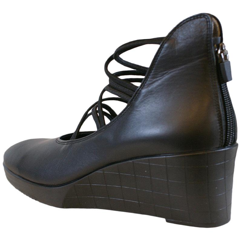 《FIZZ REEN フィズリーン》1405 ブラック 魅せるデザインと歩きやすく痛くならない信頼の日本製レディースシューズ・ブランド スタイリッシュなのに動きまわれるほど履きやすい人気オールシーズンブーツです