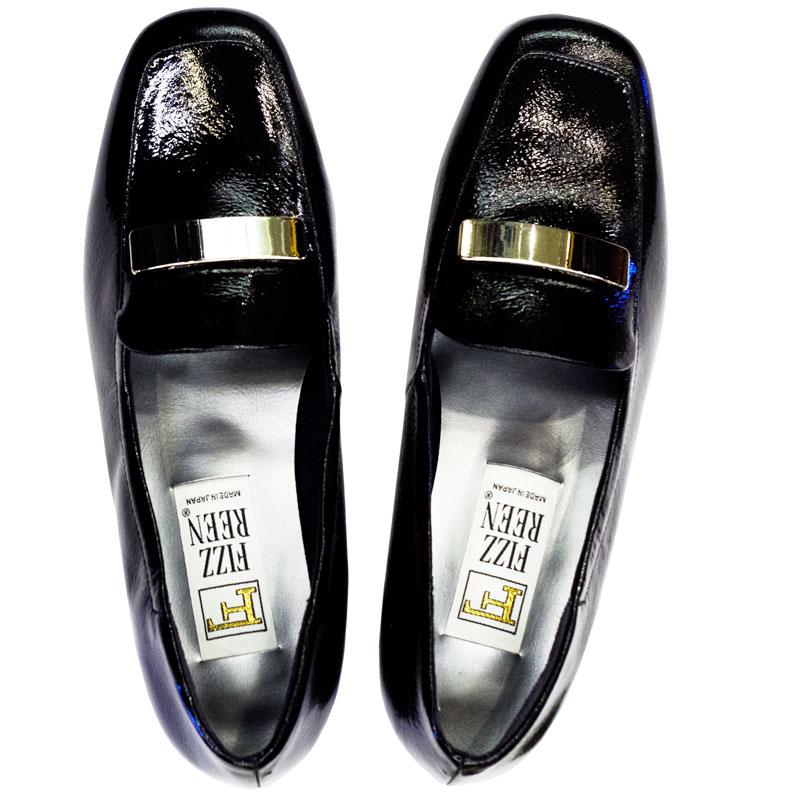 《FIZZ REEN フィズリーン》339 ブラックエナメル【会員登録で送料無料&ポイント10%!】 魅せるデザインと歩きやすく痛くならない信頼の日本製レディースシューズ・ブランド ゆったり幅のEEE 低いのにクッションが効いて心地よいビット付きシューズです