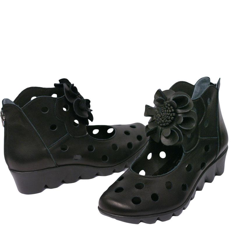 《FIZZ REEN フィズリーン》 1250 ブラック【会員登録で送料交換無料&ポイント10%!】 魅せるデザインと歩きやすく痛くならない信頼の日本製レディースシューズ・ブランド 大人がはくコサージュつきのかわいい靴です