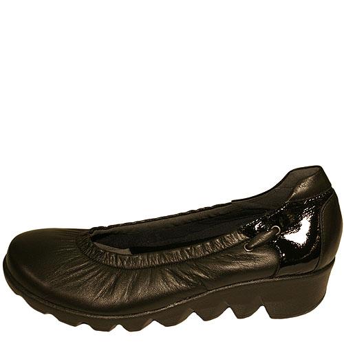Put's プッツ 51170 ブラック【会員登録で送料無料&ポイント10%!】 Put'sは足もとと人を美しくするレディースシューズ・ブランド ゆったり幅のEEE