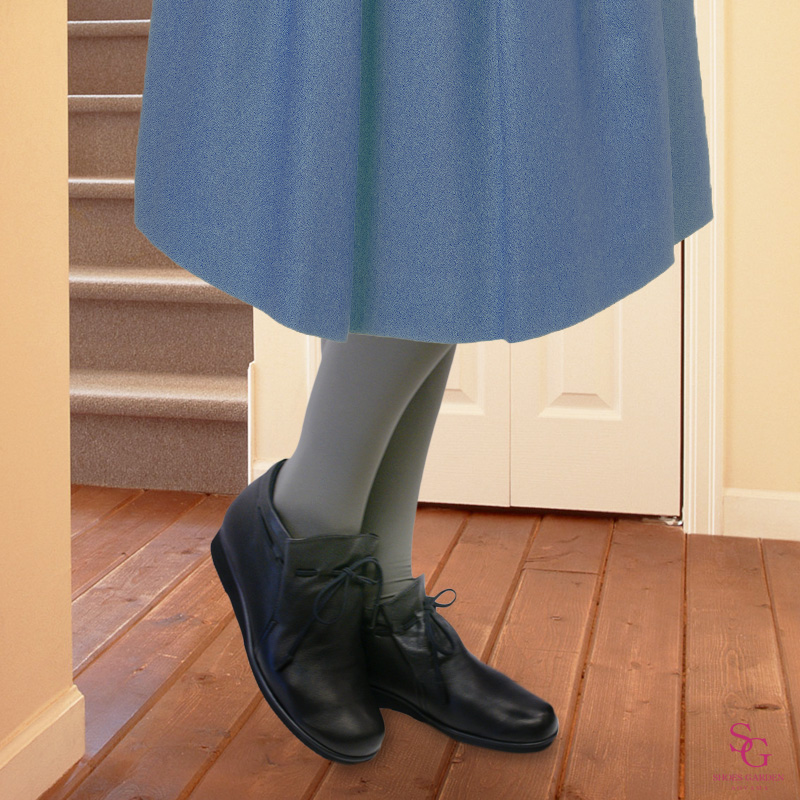 FIZZ REEN フィズリーン 2221 ブラック【会員登録で送料交換無料&ポイント10%!】 魅せるデザインと歩きやすく痛くならない信頼の日本製レディースシューズ・ブランド ボトムを選ばずふだん使いから履ける ソフトレザーのぺたんこブーティです