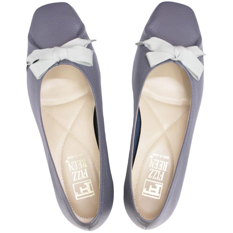 《FIZZ REEN フィズリーン》 3047 ネイビー【会員登録で送料無料&ポイント10%!】 魅せるデザインと歩きやすく痛くならない信頼の日本製レディースシューズ・ブランド ゆったり幅のEEE リボンが素敵なバレエ フラットシューズです