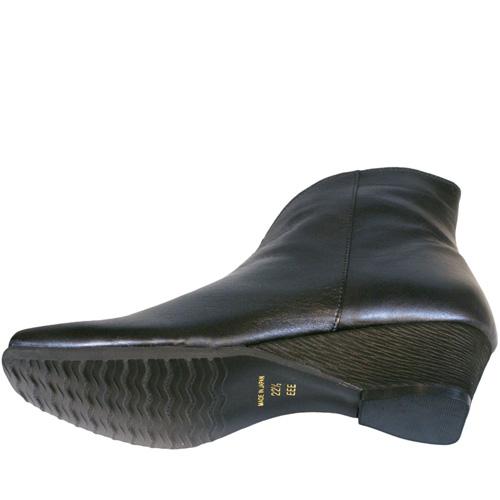 《FIZZ REEN フィズリーン》 2991 ブラック【会員登録で送料無料&ポイント10%!】 魅せるデザインと歩きやすく痛くならない信頼の日本製レディースシューズ・ブランド 大胆なカットが魅力のモード系ショートブーツです