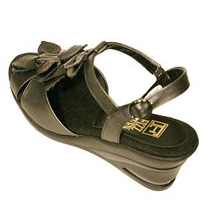 FIZZ REEN フィズリーン 6015 ブラック【会員登録で送料無料&ポイント10%!】魅せるデザインと歩きやすく痛くならない信頼の日本製レディースシューズ・ブランド ソフトレザーのおしゃれサンダルです