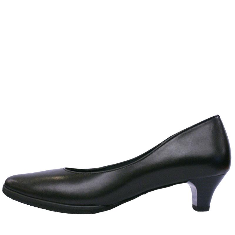 Put's プッツ 1400 ブラック【会員登録で送料無料&ポイント10%!】 Put'sは足もとと人を美しくするレディースシューズ・ブランド ゆったり幅のEEE 軽量仕上げの快適仕様パンプス