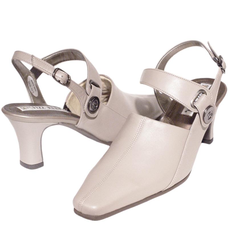 FIZZ REEN フィズリーン 8936 グレージュ【会員登録で送料無料&ポイント10%!】魅せるデザインと歩きやすく痛くならない信頼の日本製レディースシューズ・ブランド FIZZ REENの見た目以上に履きやすいロングセラー商品です
