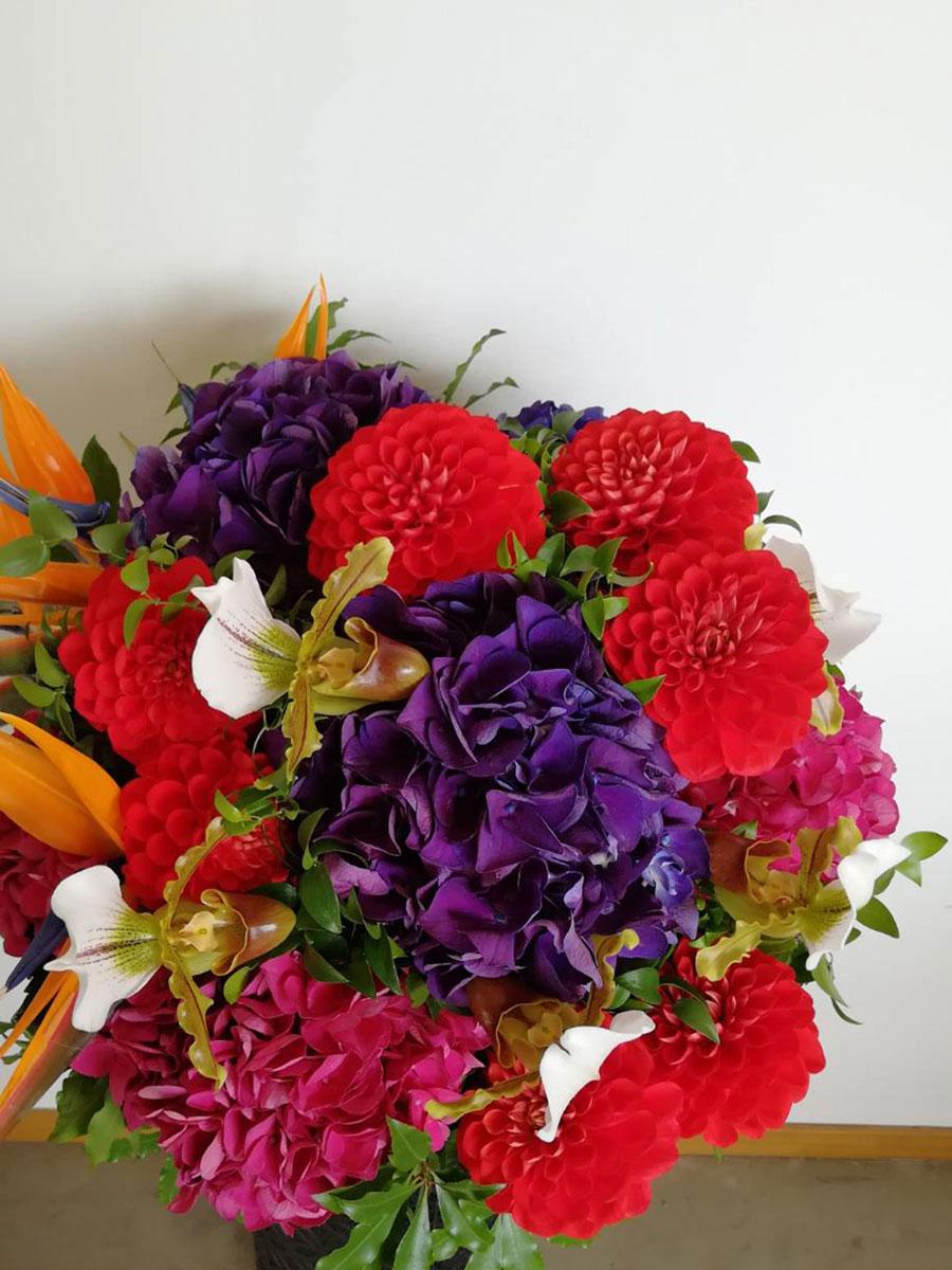 お祝いスタンド花「vivid」