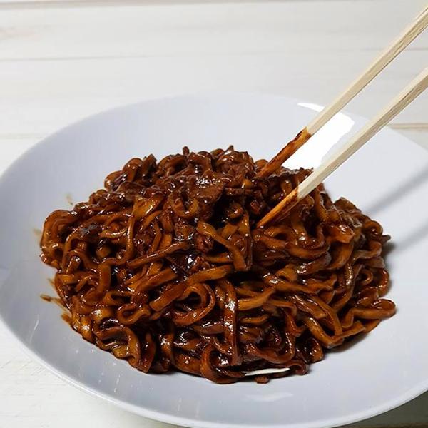 チャ王 ジャージャー麺