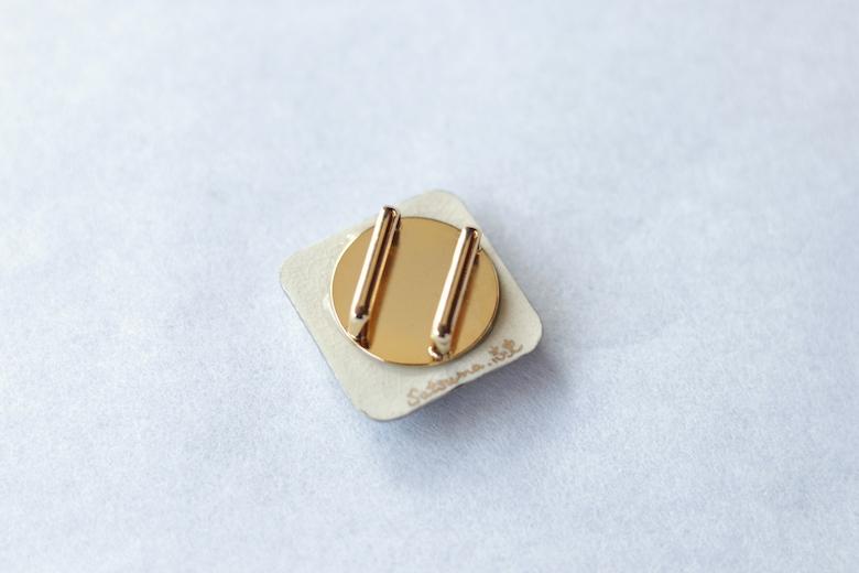【薩摩ボタン】帯留 近衛兵蜂 銀冠紋(四分紐用) ※送料無料