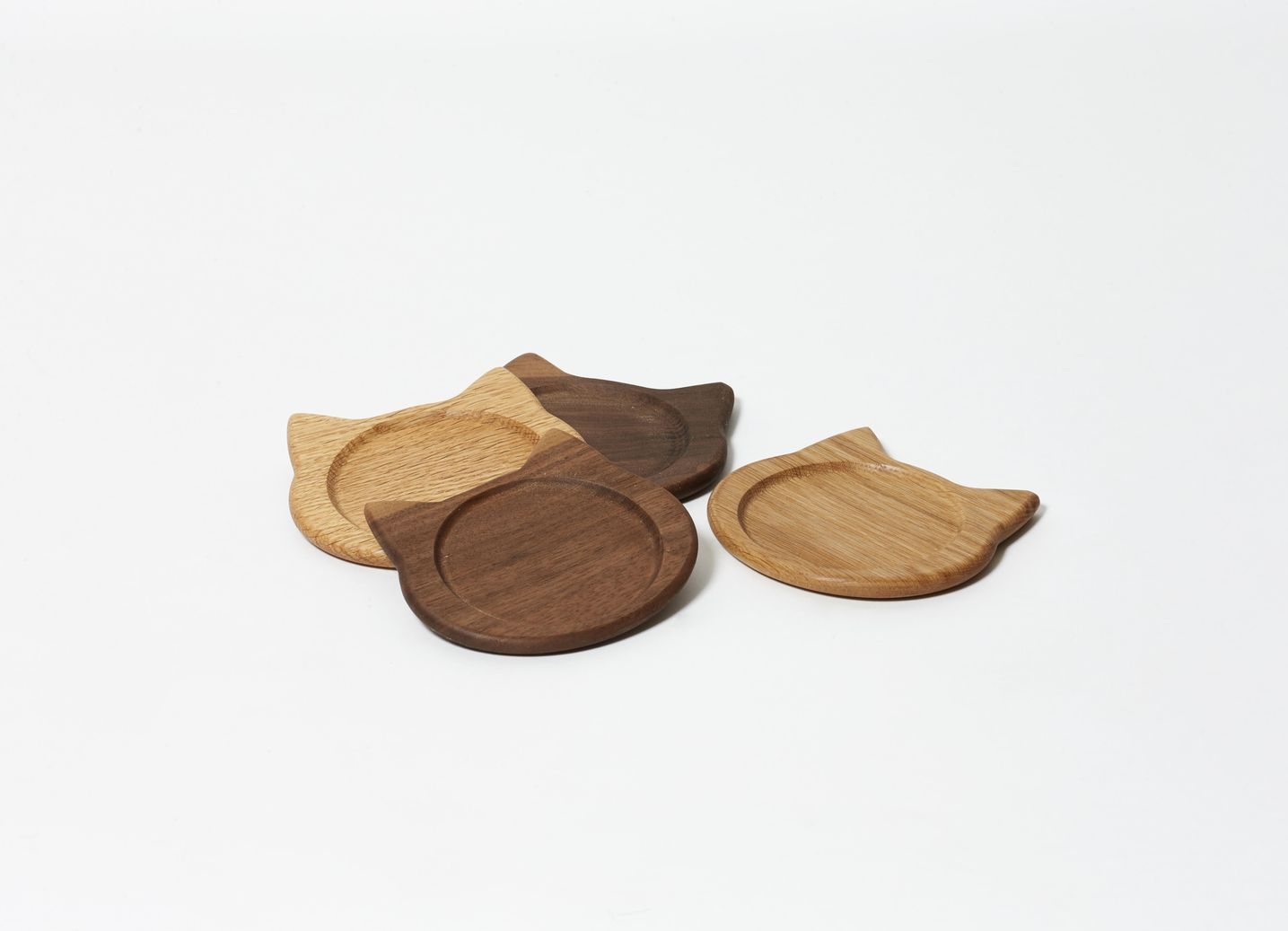 ネココースター(2枚セット/ウォールナット、ブラウンオーク)