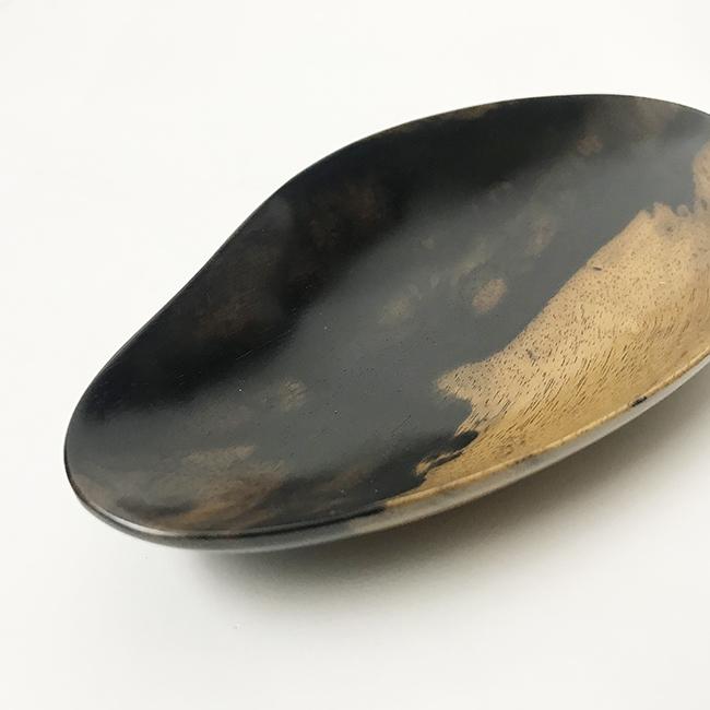 【黒柿】ゆらり鉢 中