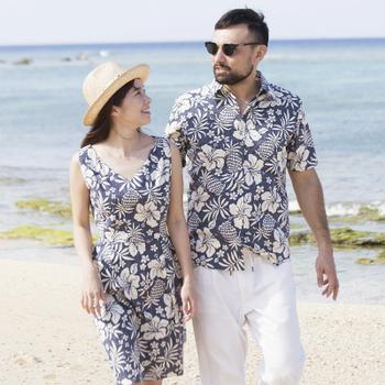 アロハシャツ かりゆしウェア メンズ(男性用)「Tropical Pineapple」全4色 半袖  大きいサイズあり 沖縄結婚式にアロハシャツ 【メール便利用で送料無料】