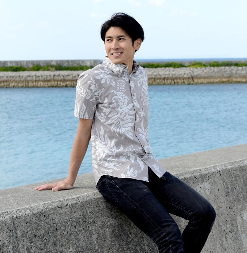 かりゆしウェア メンズ アロハシャツ 沖縄版 かりゆし ココナッツジュース シャツ 結婚式 Pineapple Dance 全4色  半袖  大きいサイズありメール便利用で 送料無料