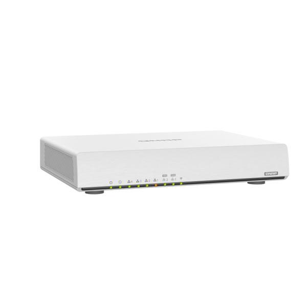 QNAP QHora-301W Wi-Fi 6デュアルポート10GbE SD-WANルーター